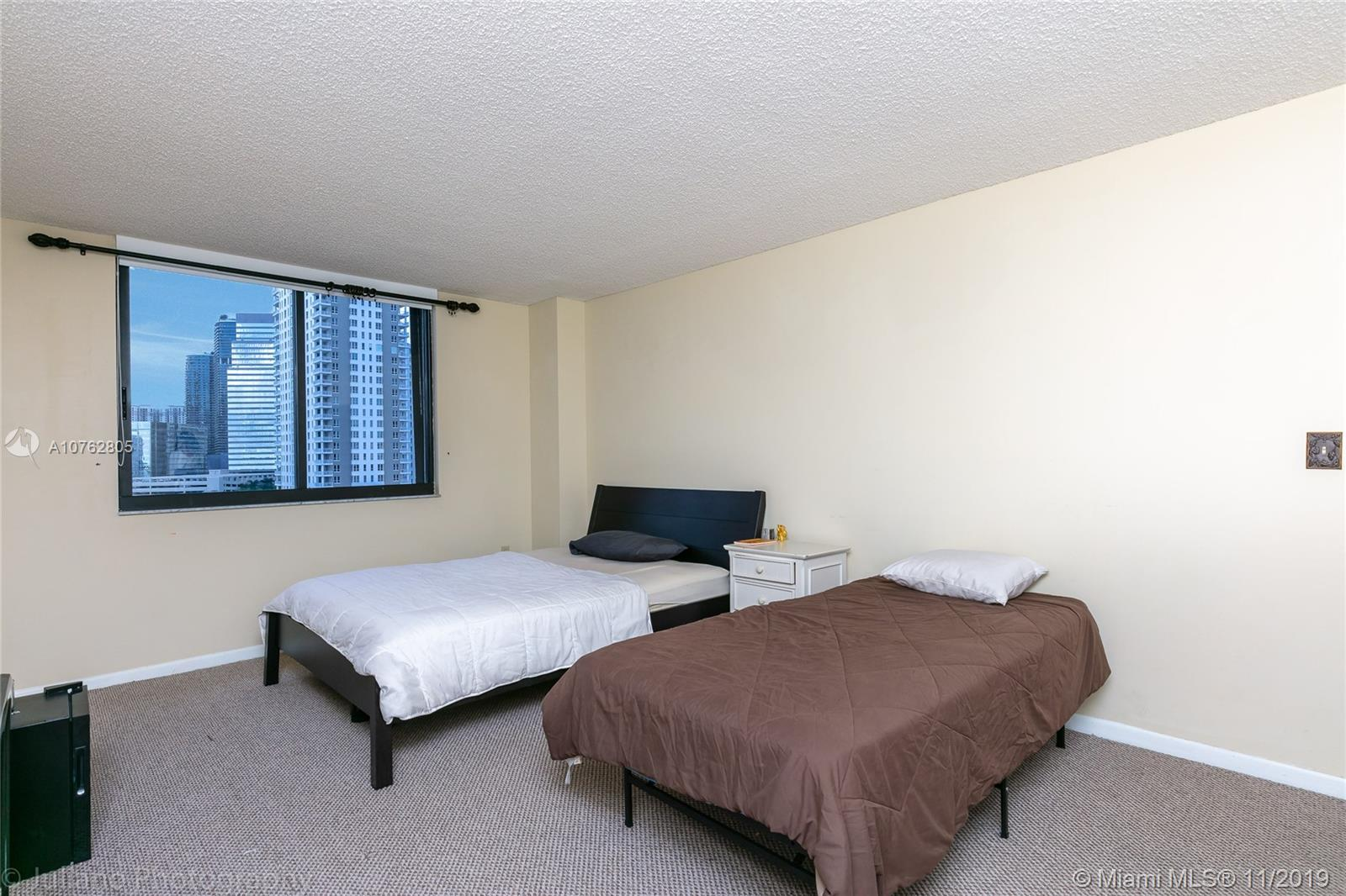 540 Brickell Key Dr #1111 photo013
