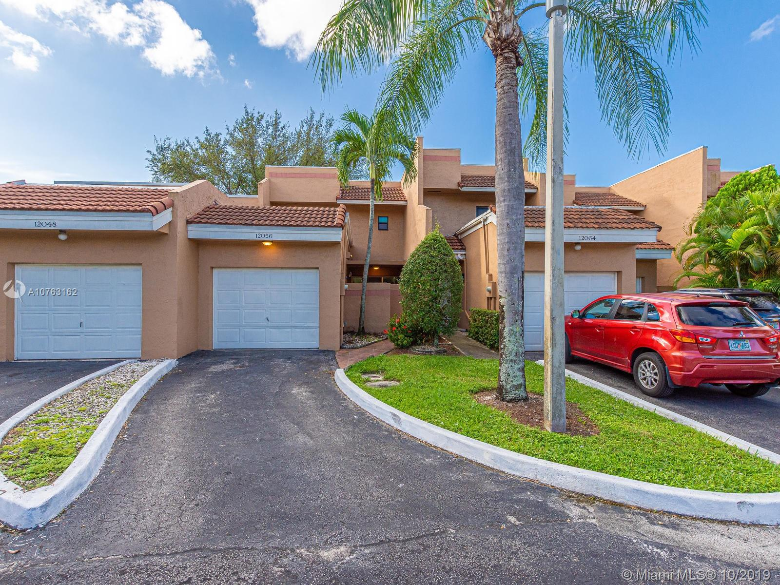 Property for sale at 12056 S Las Palmas Dr Unit: 15, Pembroke Pines,  Florida 33025