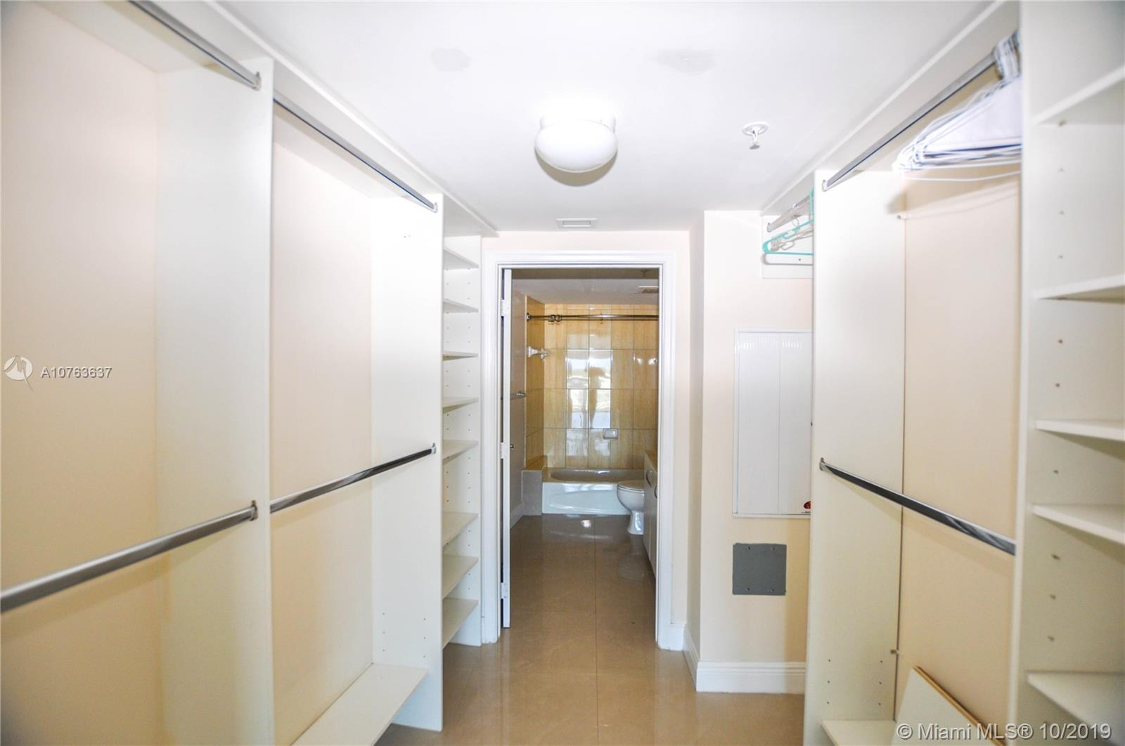 Photo of 1750 N Bayshore Dr #1815 listing for Sale