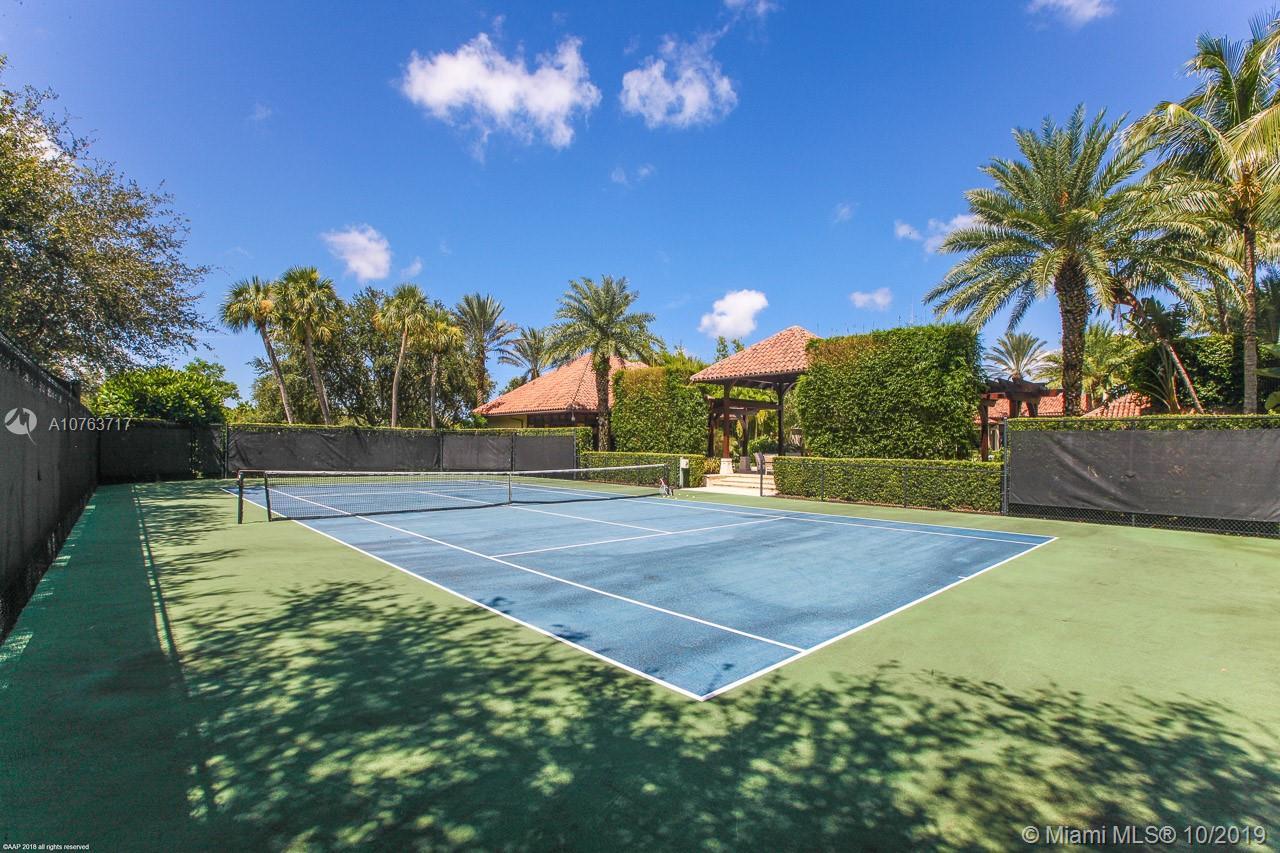Har-Tru Tennis Court