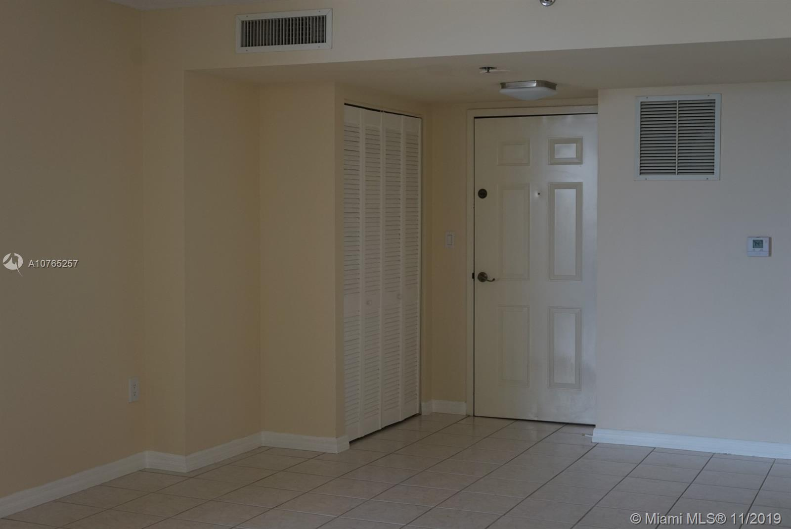 540 Brickell Key Dr #804 photo03