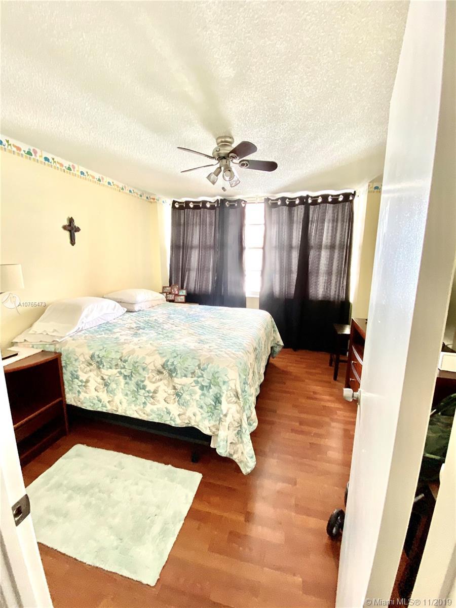 18061 Biscayne Blvd #1601-2 photo012