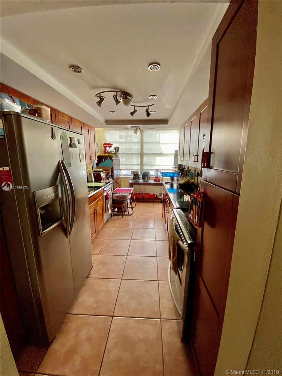18061 Biscayne Blvd #1601-2 photo03