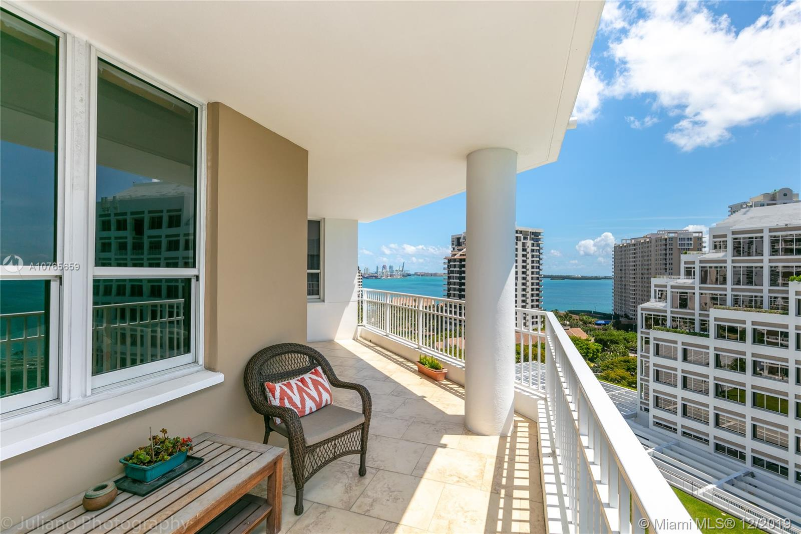 701 Brickell Key Blvd #1512 photo04
