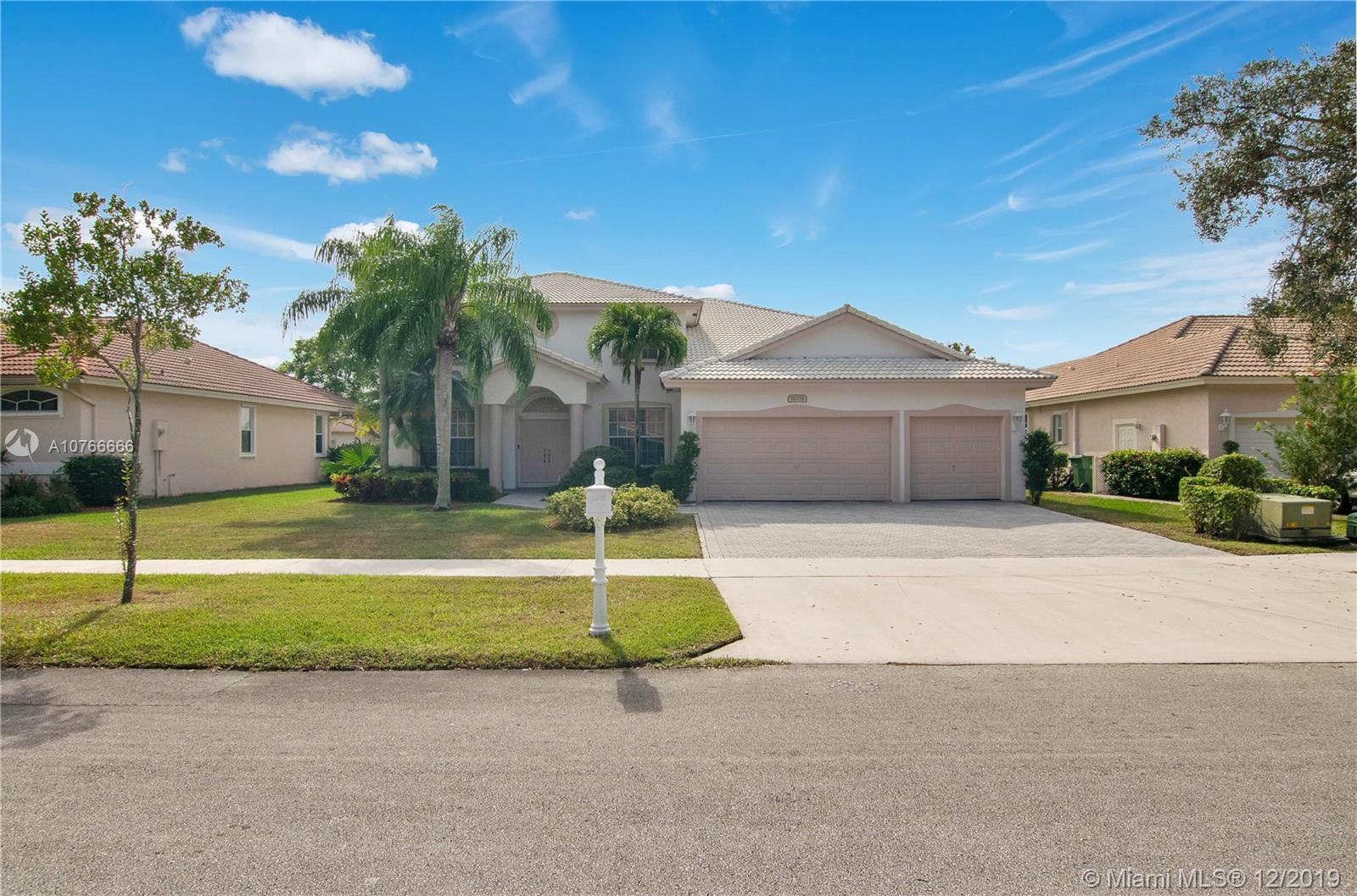 Property for sale at 16274 S Segovia Cir S, Pembroke Pines,  Florida 33331