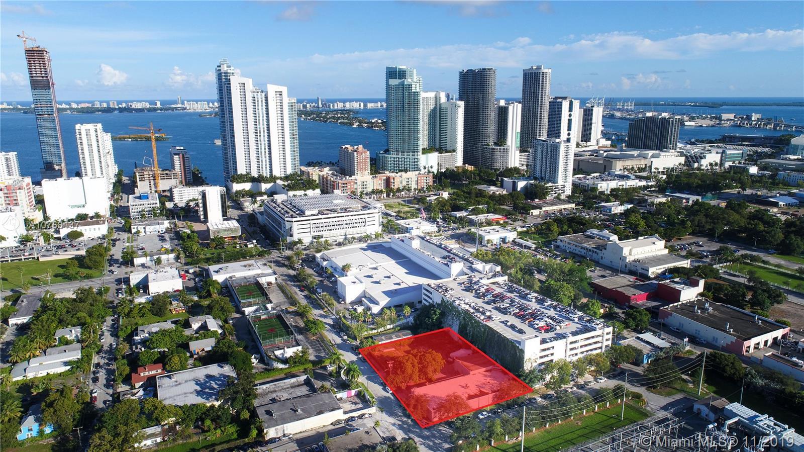 100 NE 21st St - Miami, Florida