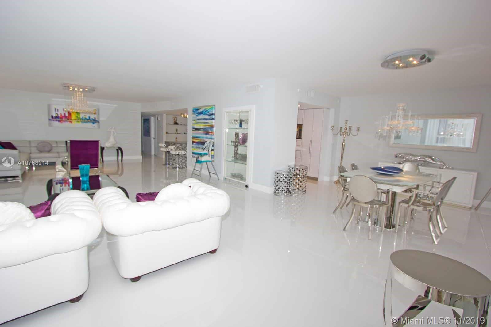 10175 Collins Ave, 102 - Bal Harbour, Florida