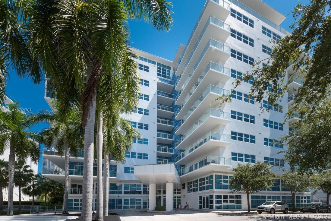 Photo of 6103 Aqua Ave #1001 listing for Sale