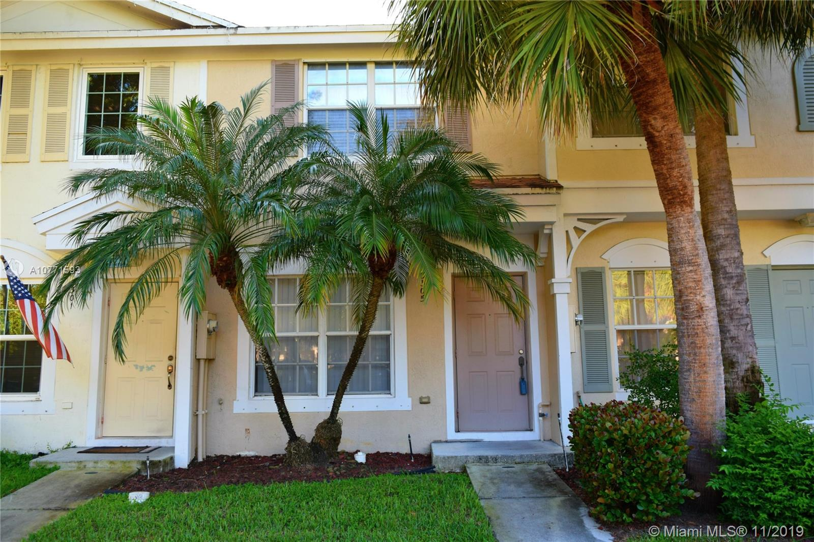 Property for sale at 3305 Cabaret Ln, Margate,  Florida 33063