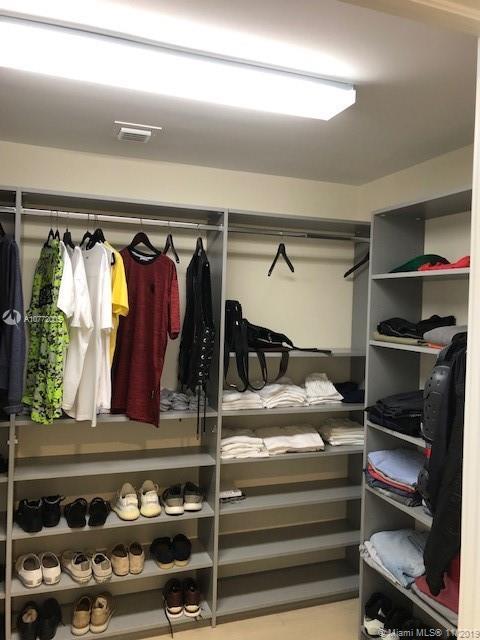 master closet-2