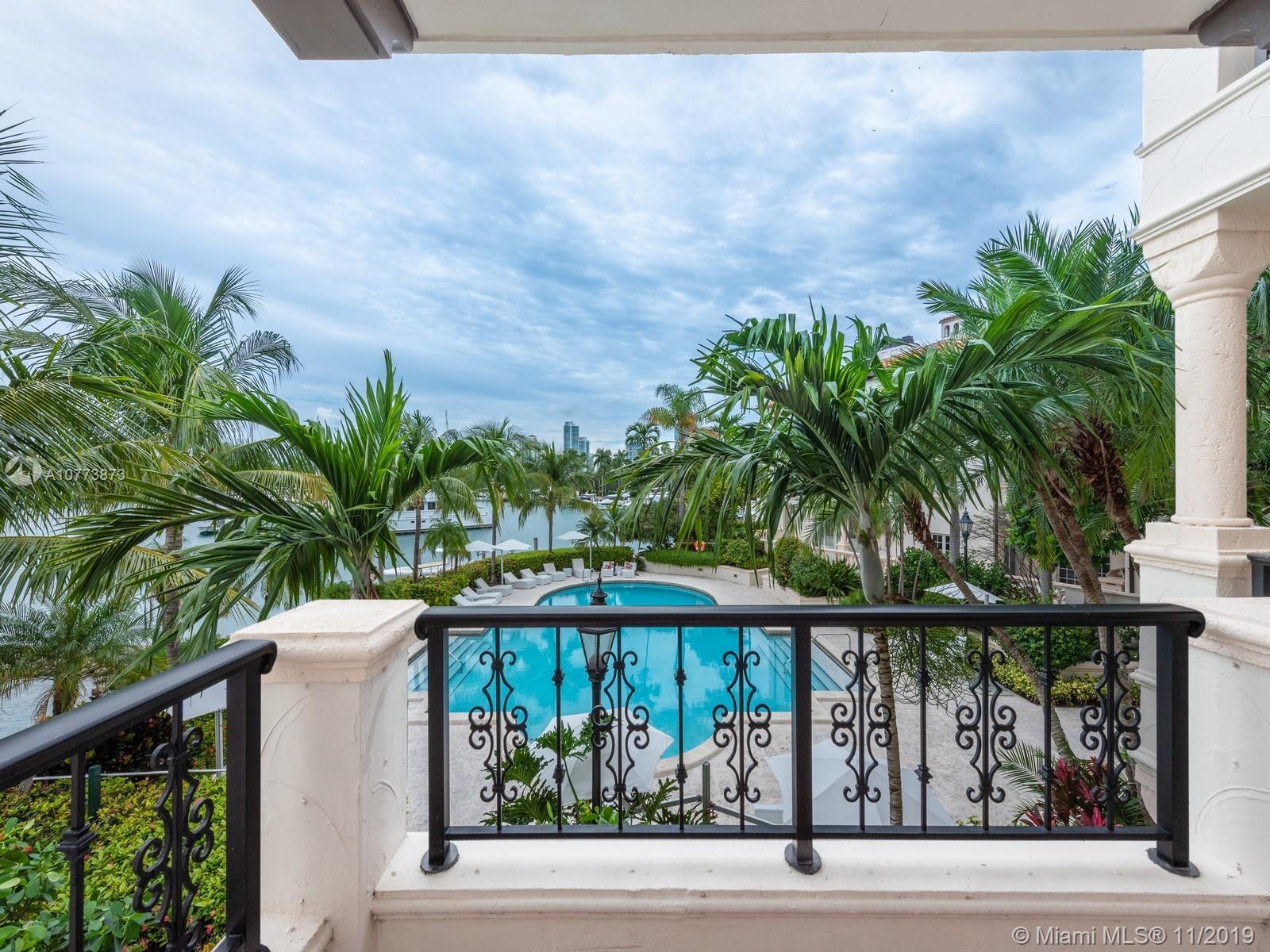 Property for sale at 2428 Fisher Island Dr Unit: 5208, Fisher Island,  Florida 33109