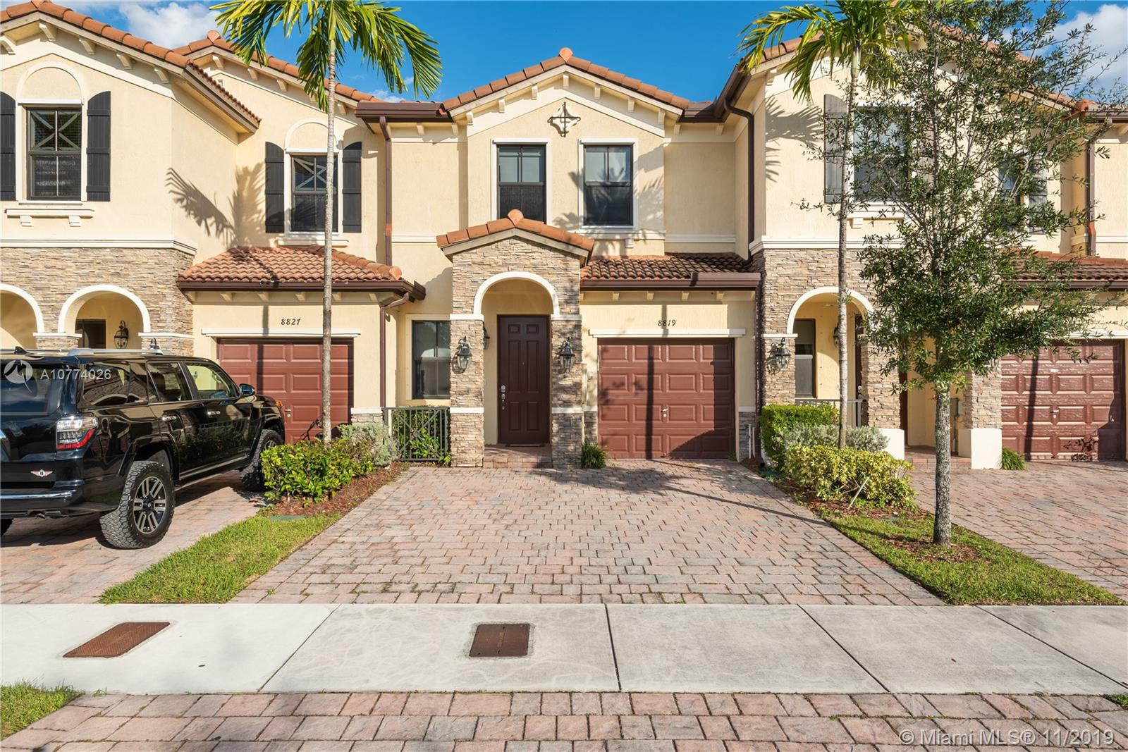 8819 NW 98th Ave - Doral, Florida