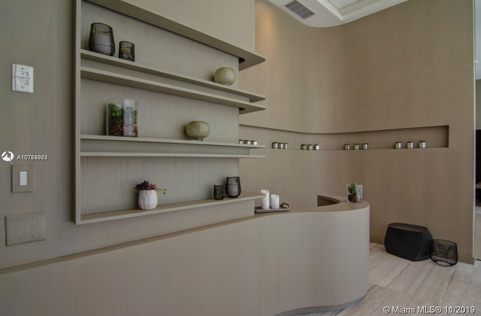 Photo of 4010 S OCEAN DR #709 listing for Sale