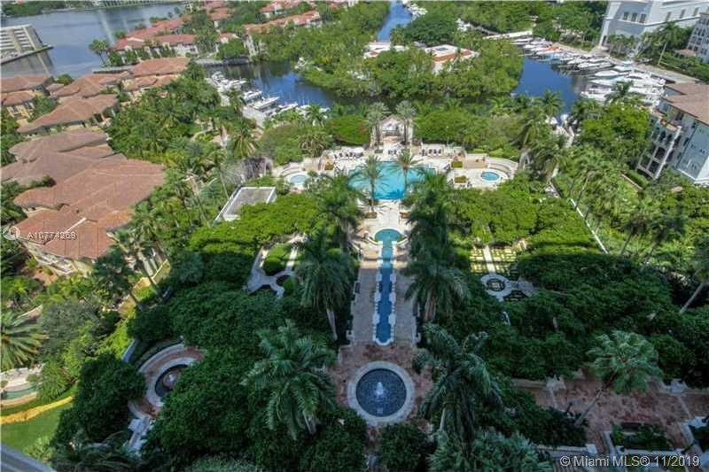 Photo of 2000 Island Blvd #305 listing for Sale