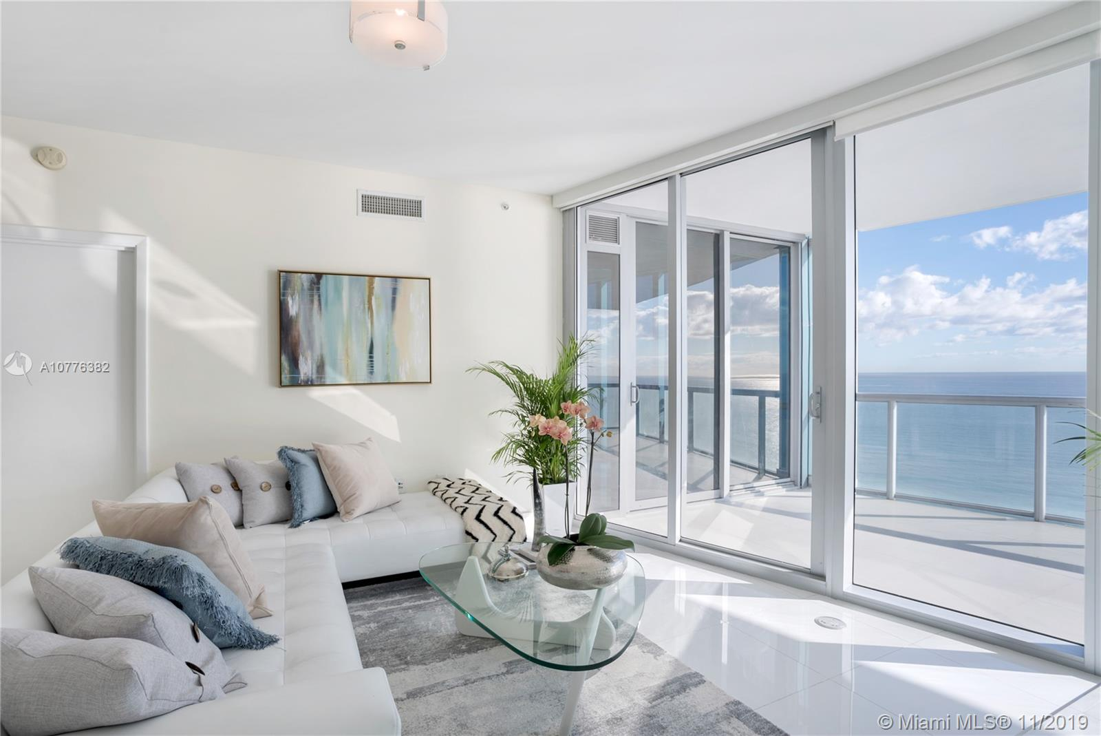 Property 17121 Collins Ave #2703 image 4