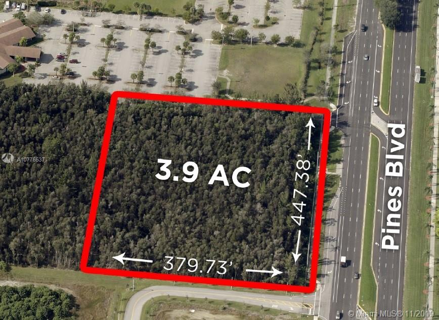 Property for sale at 19000 Pines Blvd, Pembroke Pines,  Florida 33029