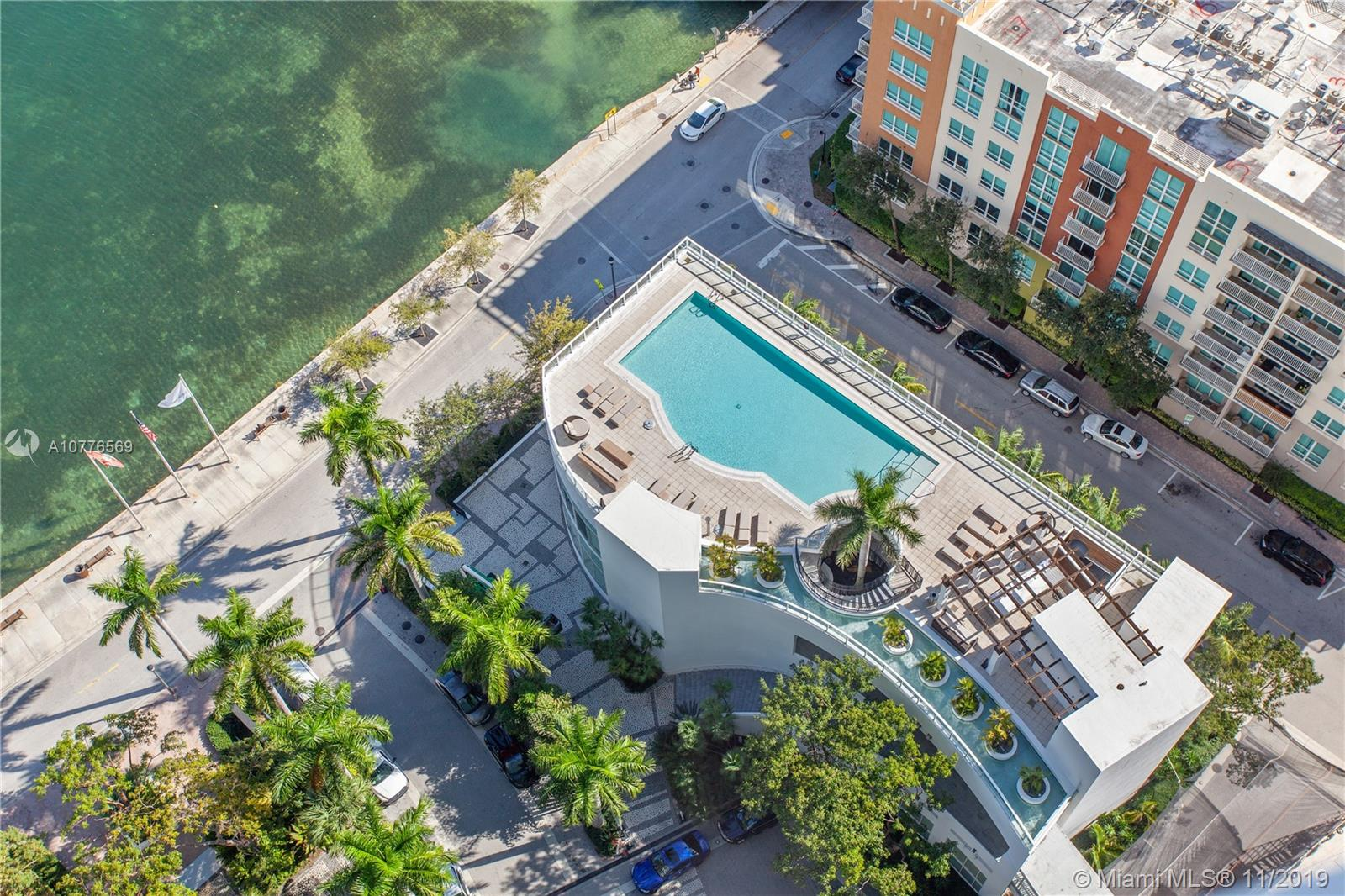 Photo of 2020 N Bayshore Dr #2905 listing for Sale