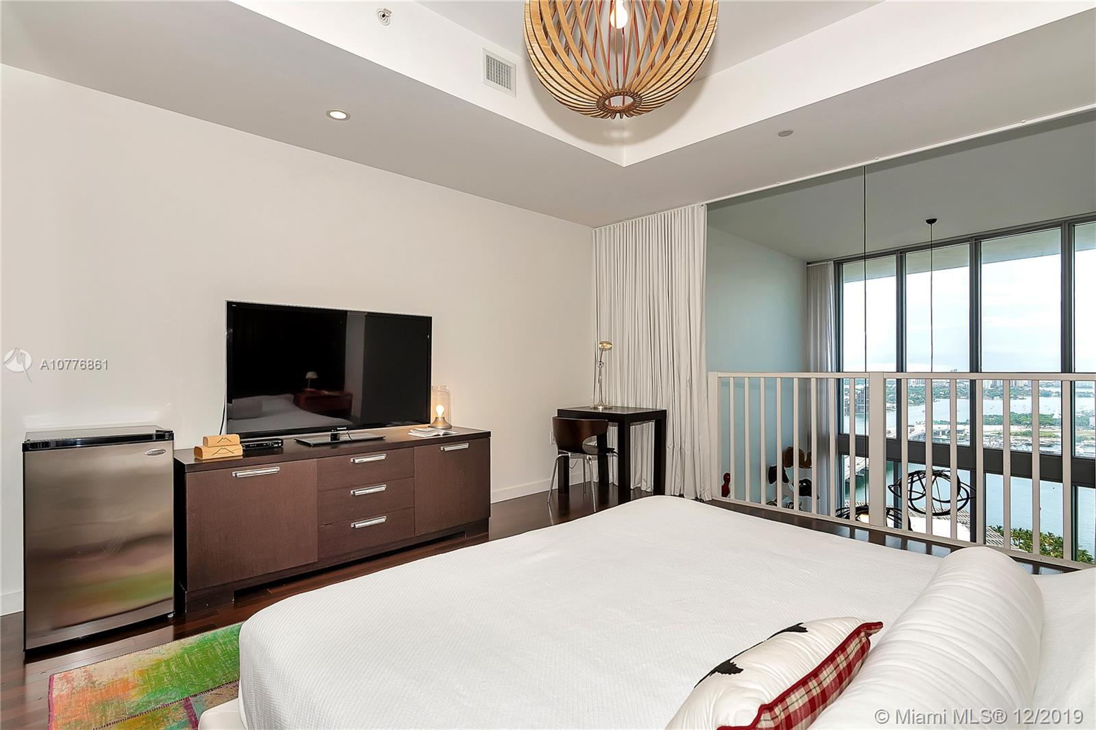 Photo of 1100 Biscayne Blvd #3505 listing for Sale