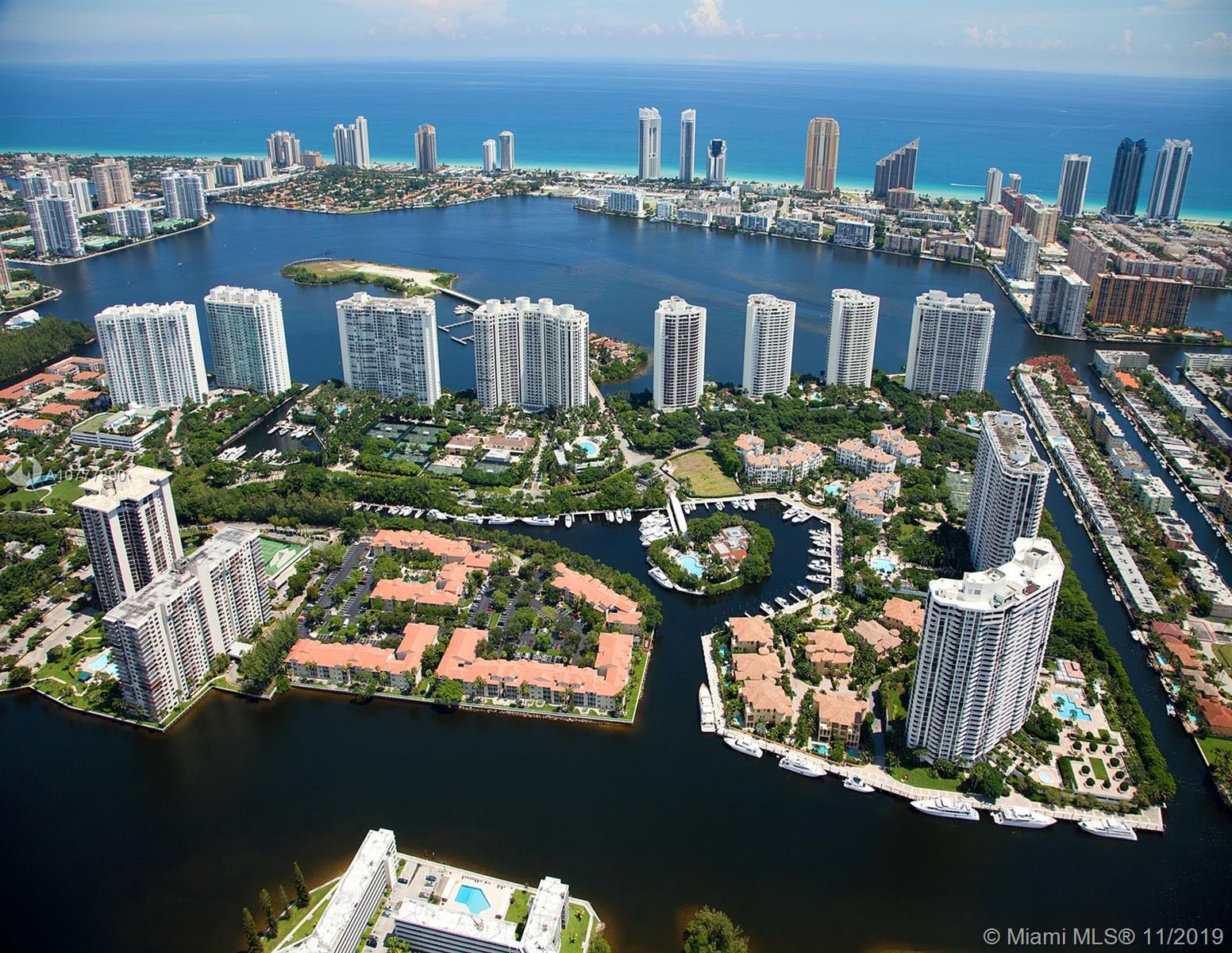1000 Island Blvd, 508 - Aventura, Florida