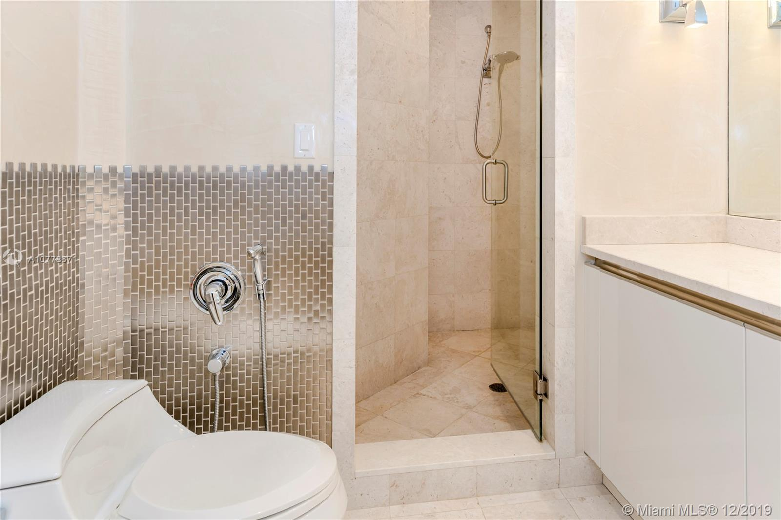 Property 16047 Collins Avenue #2102 image 11