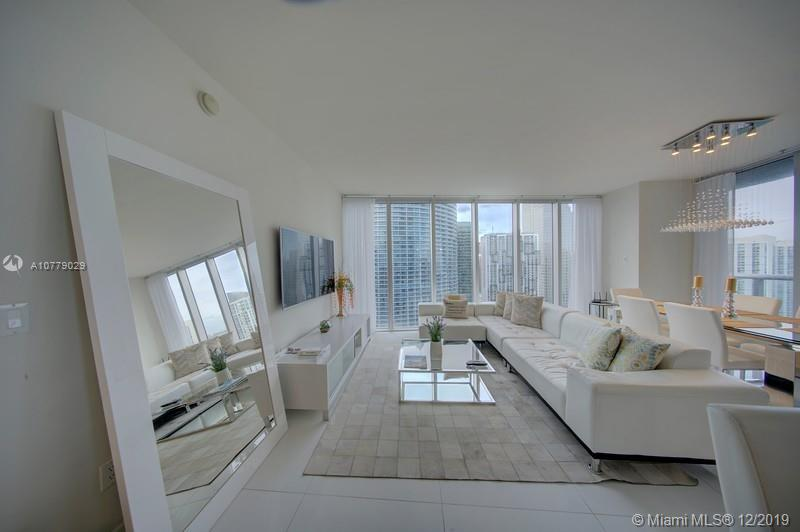 Photo of 485 Brickell Ave #3702 listing for Sale