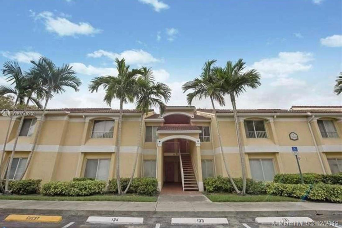 2300 NW 33rd St, 903 - Oakland Park, Florida