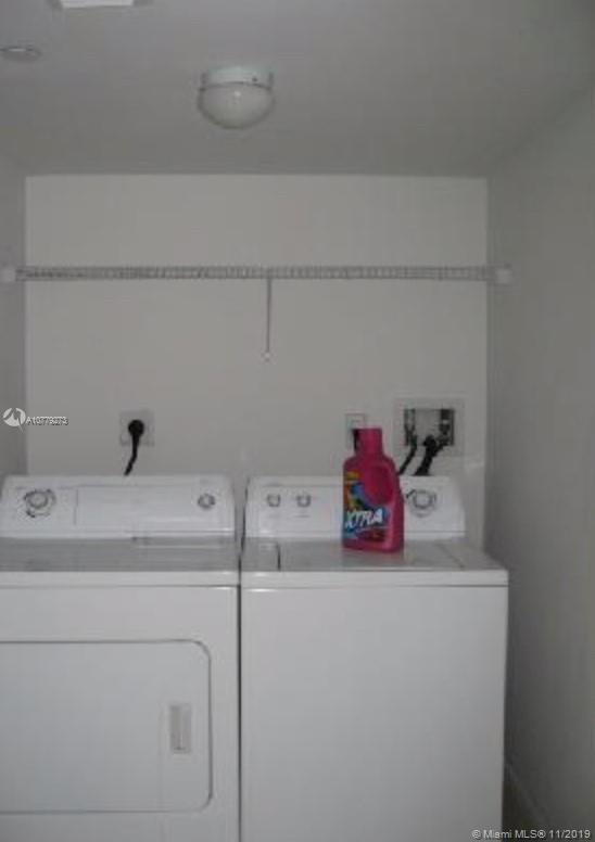Photo of 1250 S MIAMI AVE #1102 listing for Sale