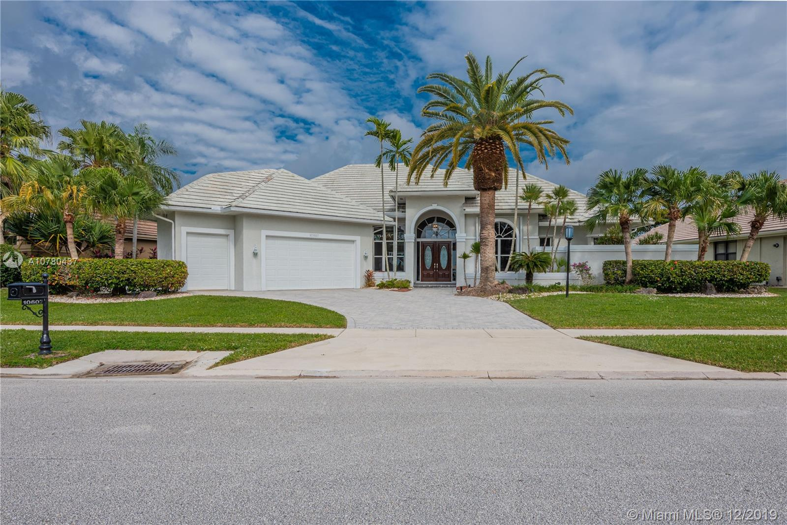 Property for sale at 10607 Stonebridge Blvd, Boca Raton,  Florida 33498