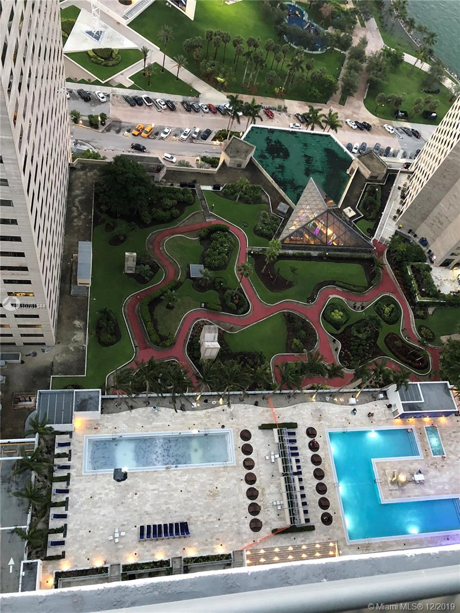 Photo of 325 S Biscayne Blvd #4114 listing for Sale