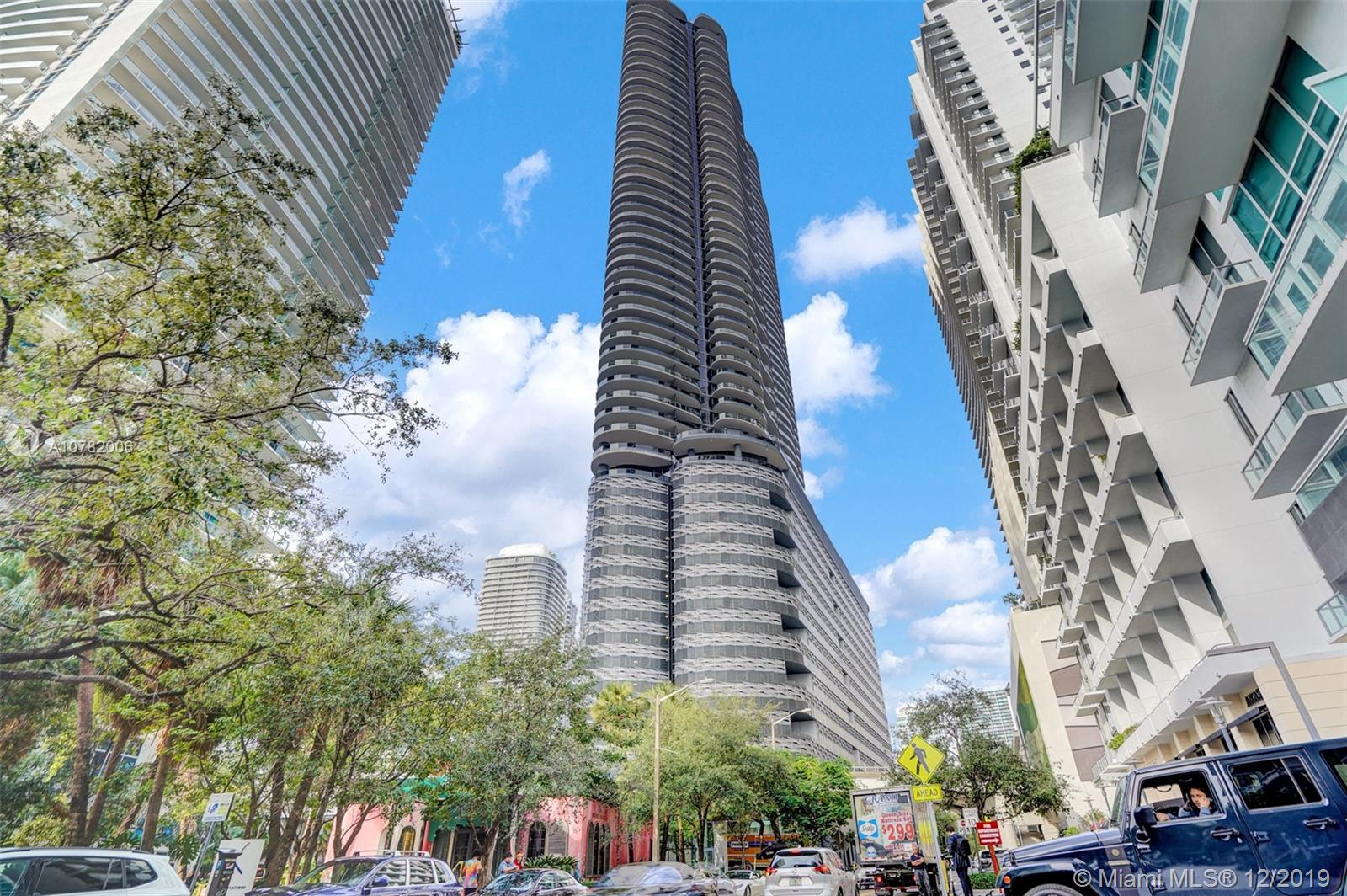 Photo of 1000 Brickell Plaza #2215 listing for Sale