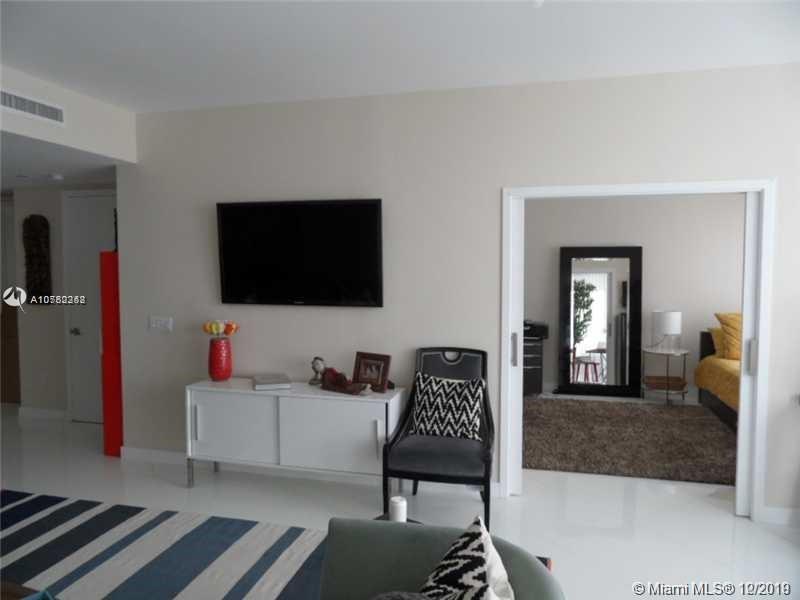Property 1040 Biscayne Blvd #2806 image 10