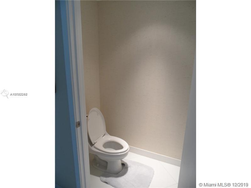 Property 1040 Biscayne Blvd #2806 image 13