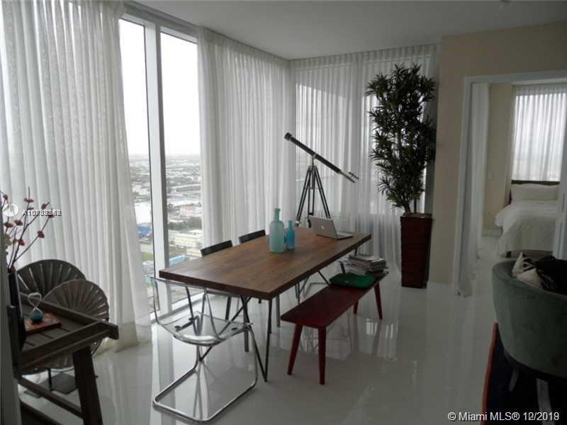 Property 1040 Biscayne Blvd #2806 image 2
