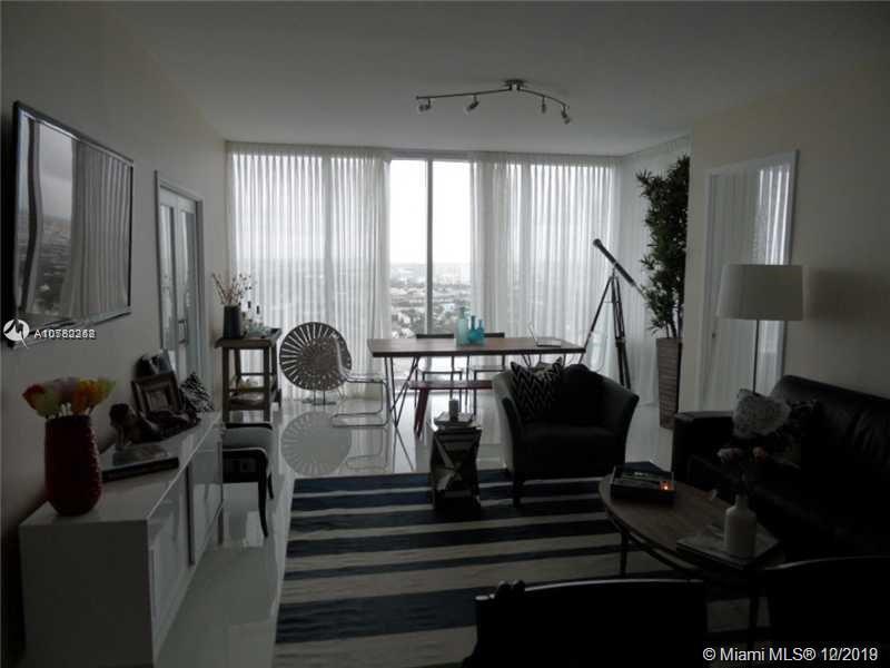 Property 1040 Biscayne Blvd #2806 image 3