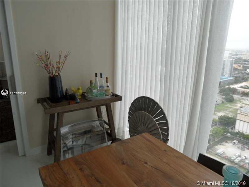Property 1040 Biscayne Blvd #2806 image 5