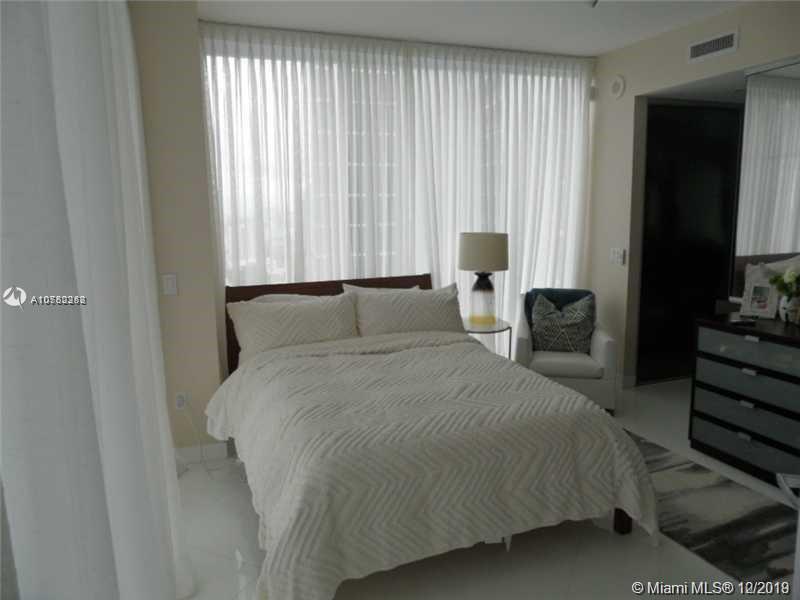 Property 1040 Biscayne Blvd #2806 image 6