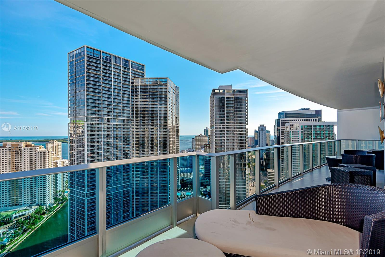 Photo of 200 Biscayne Boulevard Way #3907 listing for Sale