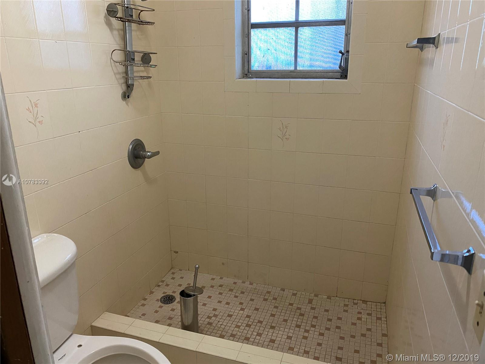 Photo of 331 Sw 23rd Rd