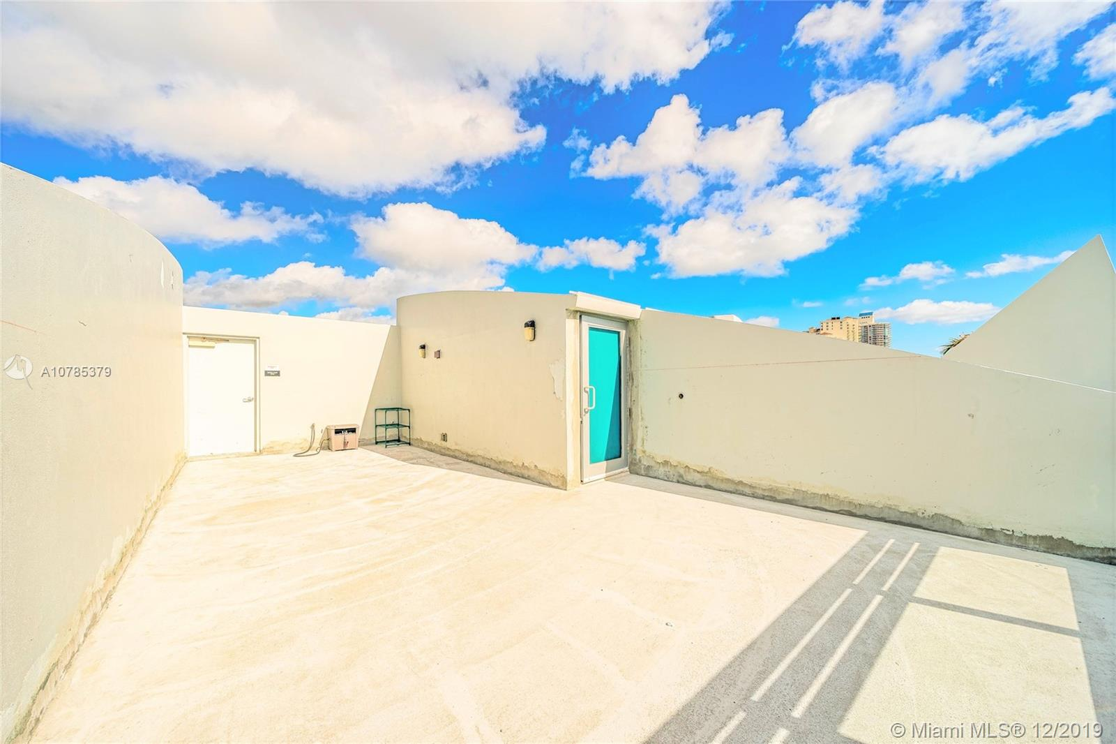 Photo of 2950 NE 188th St #528 listing for Sale