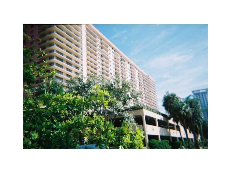 Winston Towers #417 photo06