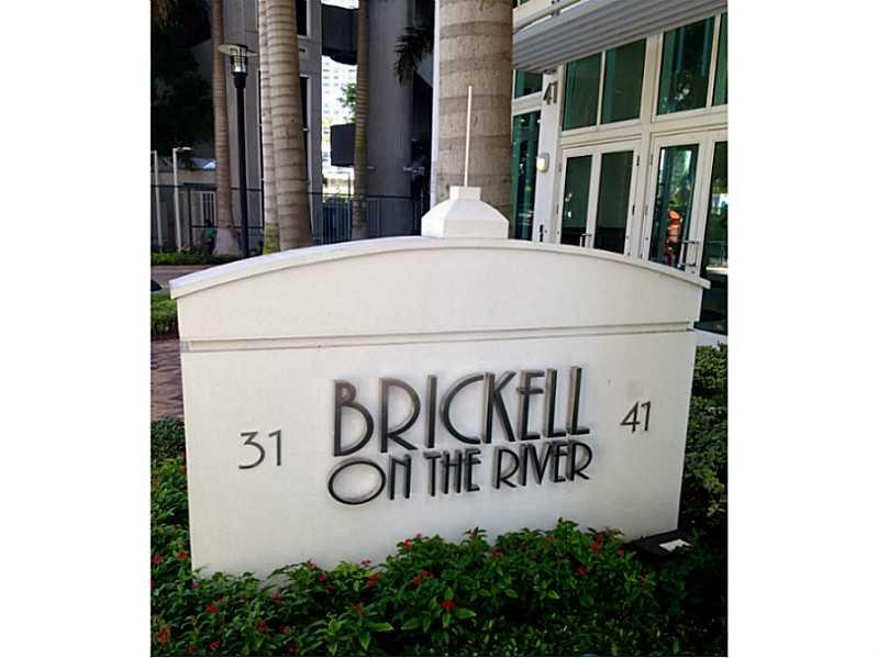Brickell on the River #809 photo01