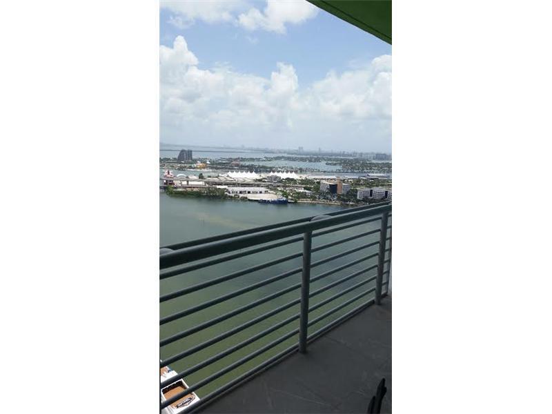 One Miami #4108 photo01