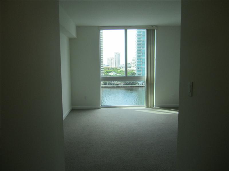One Miami #909 photo14