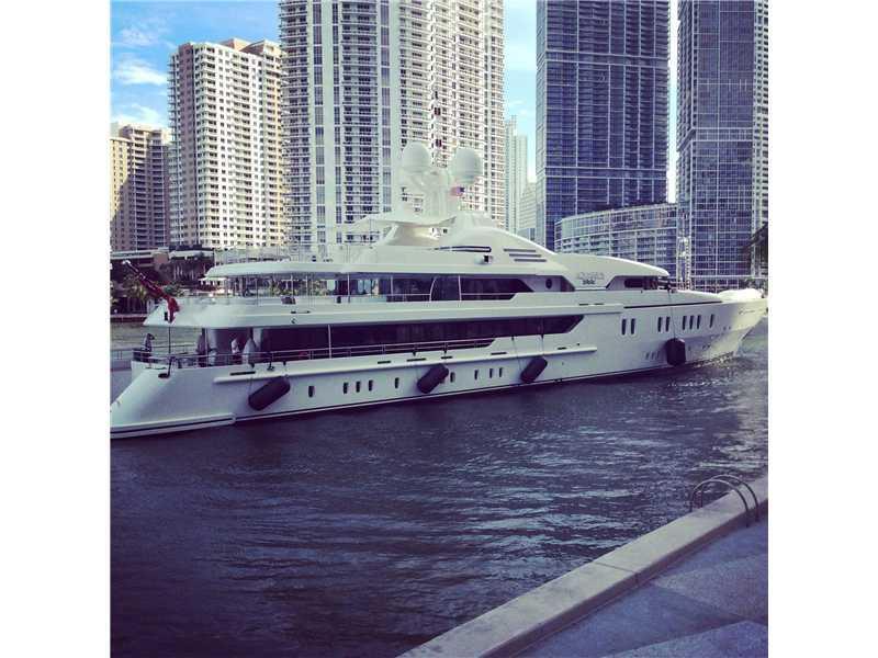 One Miami #2807 photo29
