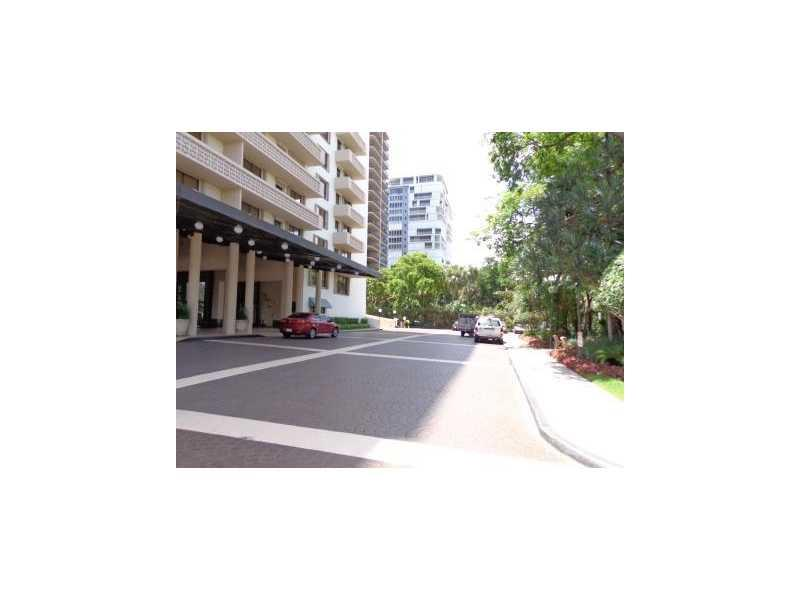 The Plaza of Bal Harbour #1412 photo03