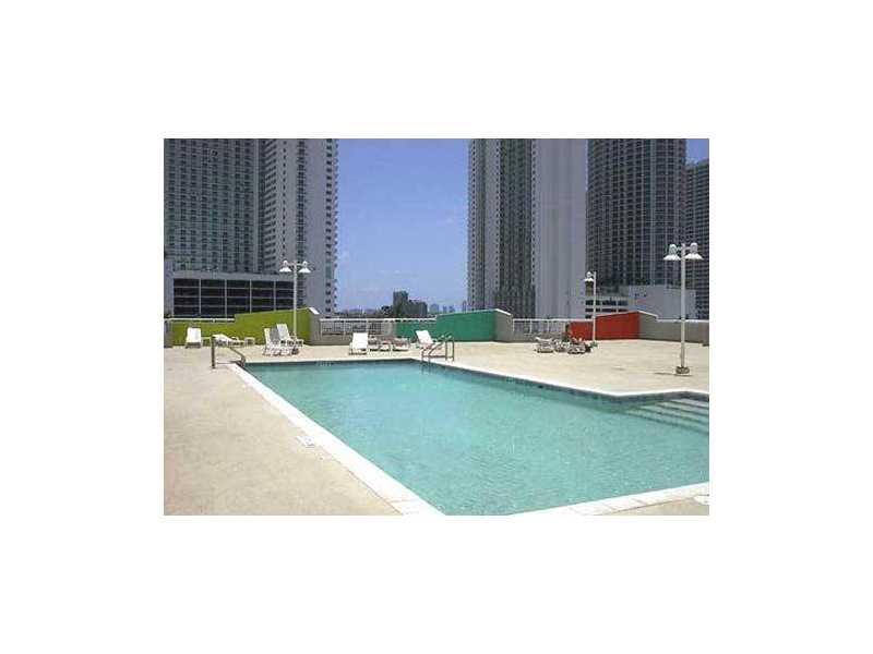 1800 Biscayne Plaza #301 photo03
