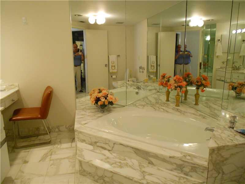 Bal Harbour 101 #603 photo08