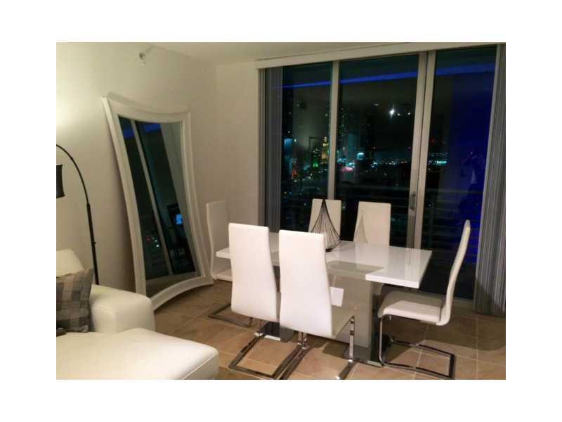 One Miami #1600 photo05