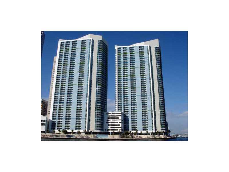 One Miami #1206 photo01