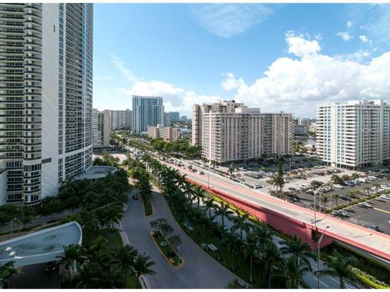 Beach Club Towers #1406 photo12